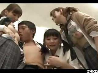 Japanese Schoolgirls Group Public Sex