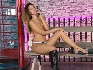 Ella Jolie 29.06.14 Babestation