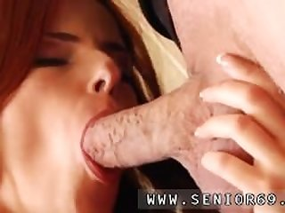 Milf blowjob He was hired to do her..