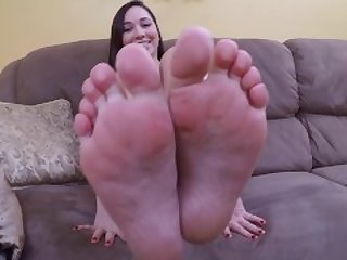 Karlee Grey size 7.5 foot tease