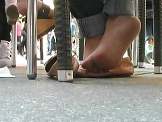 Hottest Barefeet Flirt Of Two Asian..